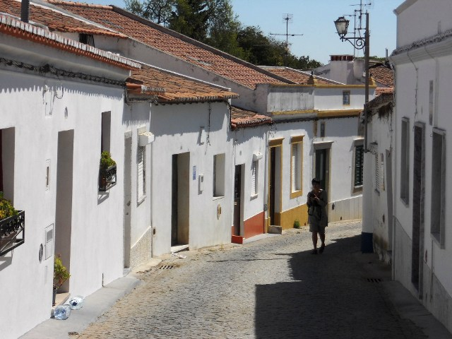 Narrow lanes of Beja