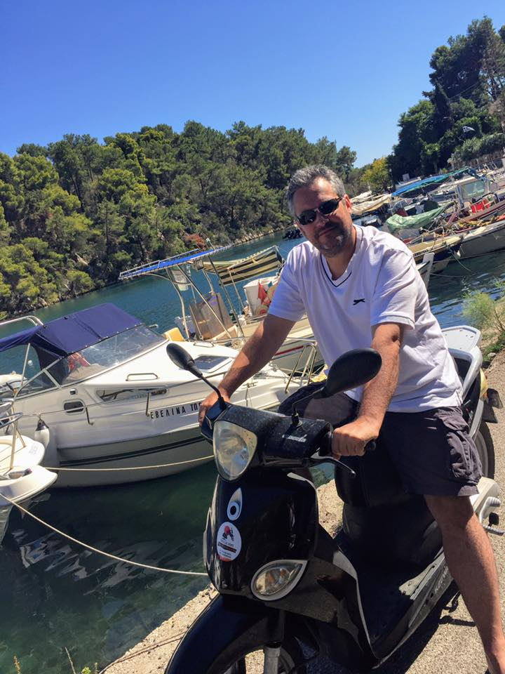 Exploring Paxos by moped